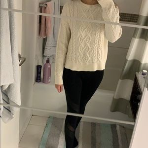 Chunky small Abercrombie and Fitch cream sweater